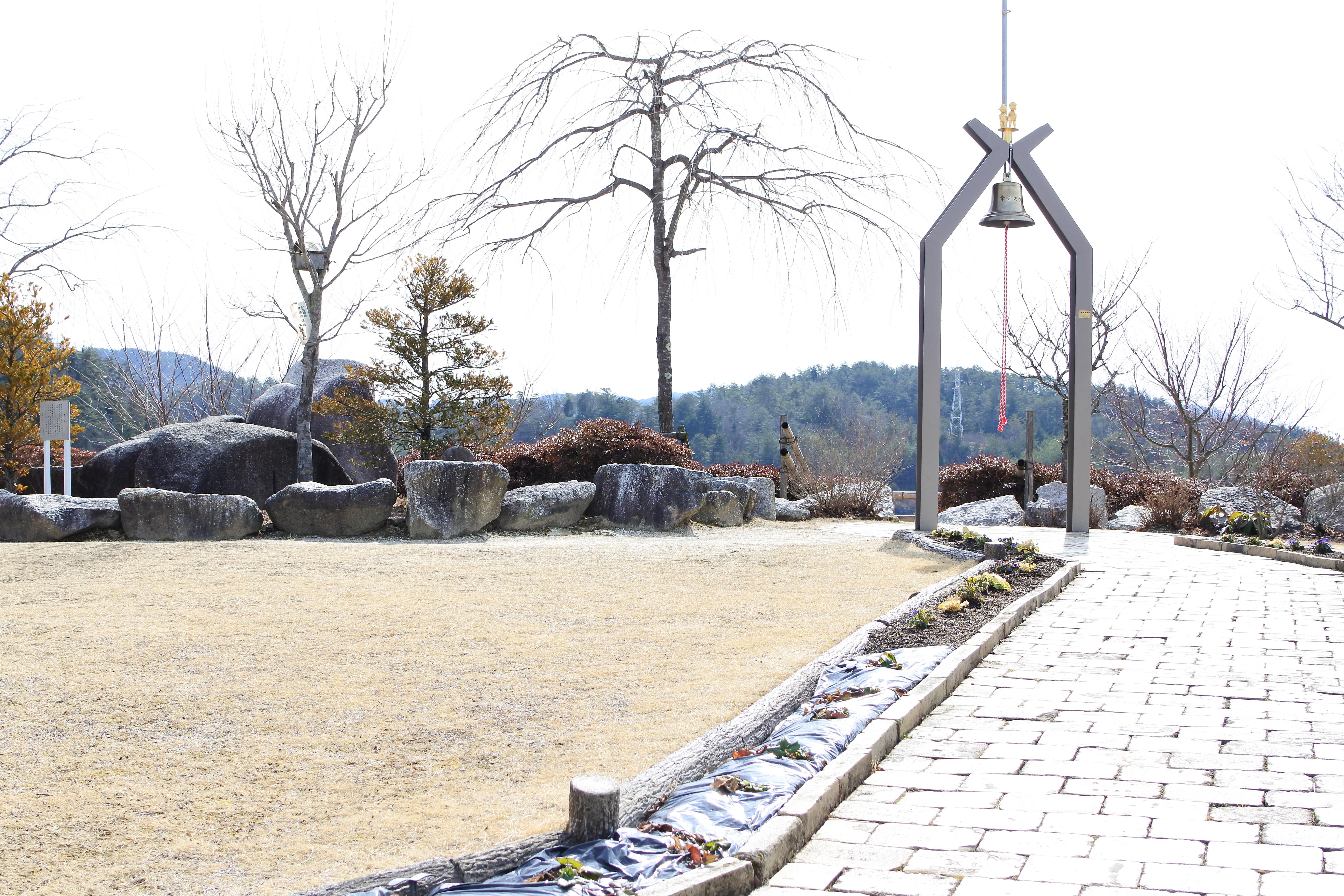日本一の木製水車でお馴染み『山岡のおばあちゃん市』は、春のおでかけにオススメ - DSC 1170