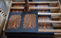 今注目の南インドの出版社「タラブックス」の展覧会が刈谷市美術館で開催 - DSC 8339 260x160