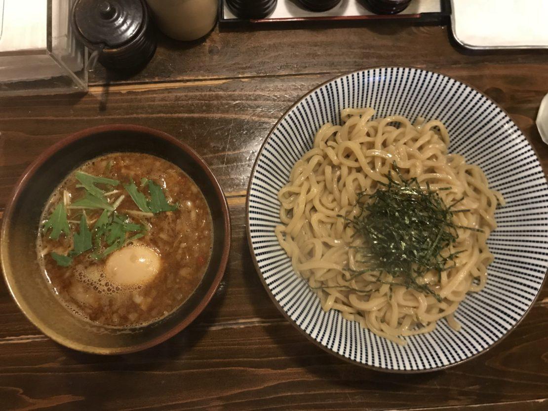 名駅でつけ麺食べるなら!濃厚な魚介豚骨スープがたまらない『麺屋 やま昇』