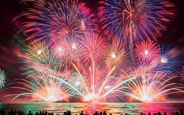 花火と音楽の共演!『はなびFes.2018 in ラグーナビーチ』初開催 - fireworks01 640x400