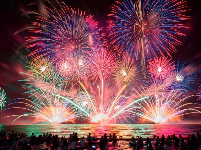花火と音楽の共演!『はなびFes.2018 in ラグーナビーチ』初開催 - fireworks01