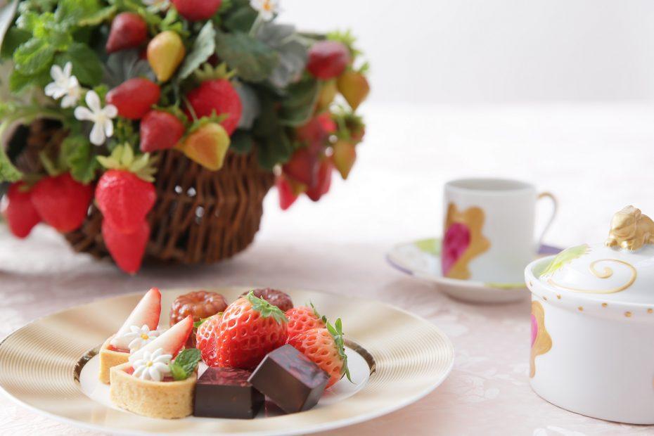 【イチゴが食べ放題!】『ストロベリーアフタヌーンティー』で贅沢にビタミン補給を - sub4 930x620