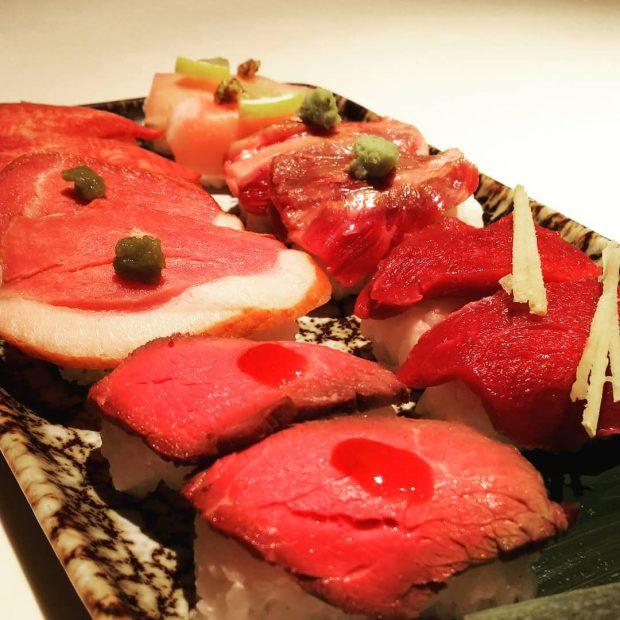 目&舌でも楽しめる肉寿司が1980円で食べ放題!みんなで『ともり』へGO! - 29414740 414816992275248 7651207001980010496 n 620x620