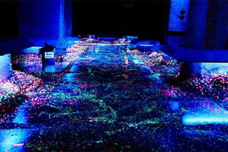 七夕の夜は幻想的なライトアップを楽しむ、岐阜・中津川市「博石館」