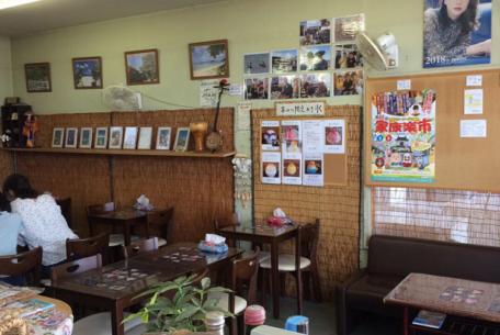ガソリンスタンドで沖縄旅行気分? 浜松『沖縄Cafe・果報(カフー)』