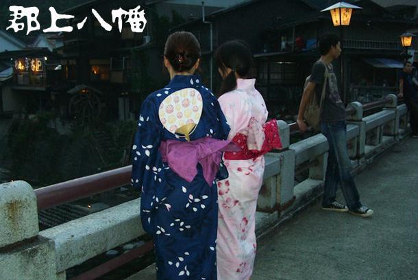 夜通し踊る「郡上おどり」。風情ある街並みで日本の夏を感じよう! - bridge yukata large