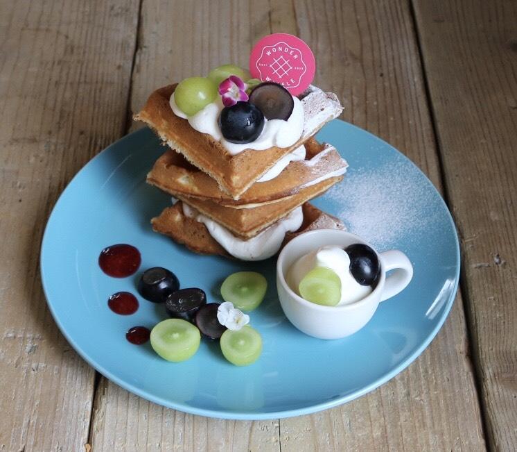 ケーキ屋さんが手掛ける焼きたてワッフルとスイーツのお店「Cafe WONDER」 - S  12189707