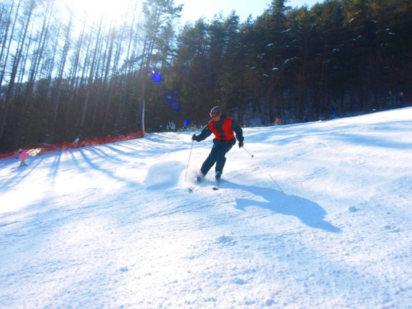 ウィンタースポーツはここで決まり!名古屋からアクセスが良いスキー場7選 - 74de95358468bbe771c6fe8ad8541854 827x620