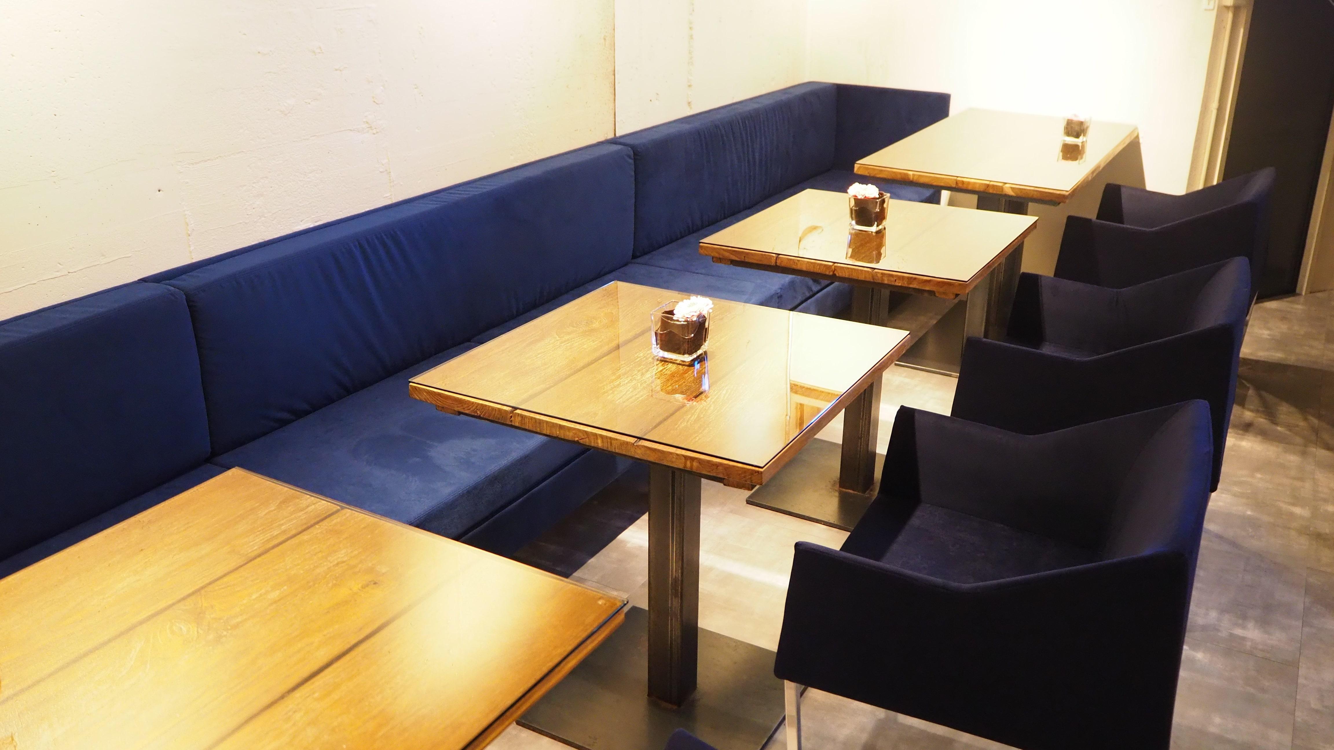 カラフルな熱帯魚があなたをお出迎え! カフェ「Cala Rossa」の贅沢なジェラート - P2100800 min