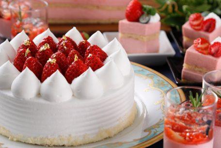 旬のいちごを贅沢に楽しめる「ナイトスイーツブッフェ ~Strawberry Hunt~」が開催!