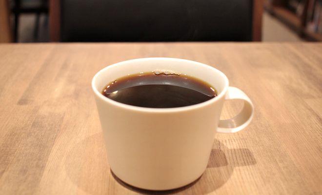 """""""非日常""""を味わいたい。本とコーヒー好きの店主が営む『キッサ マシマロ』 - 180725132324 5b57fb3cedf96"""