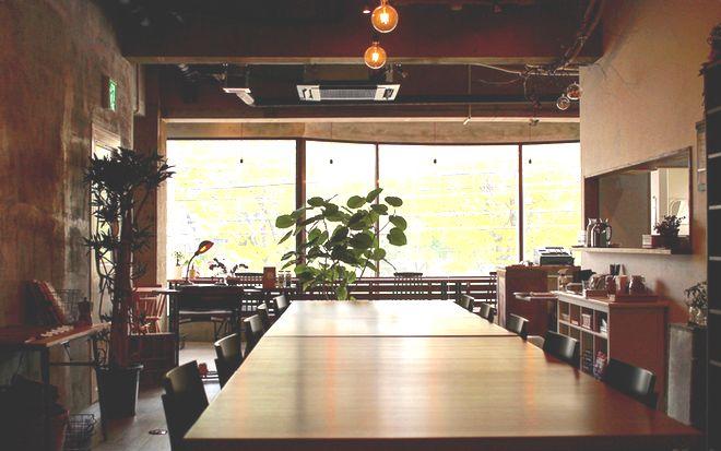 """""""非日常""""を味わいたい。本とコーヒー好きの店主が営む『キッサ マシマロ』"""