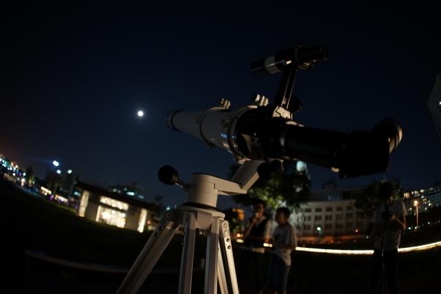 あなたの家で星空を楽しむなら!「自宅で天体観測」サービスに注目