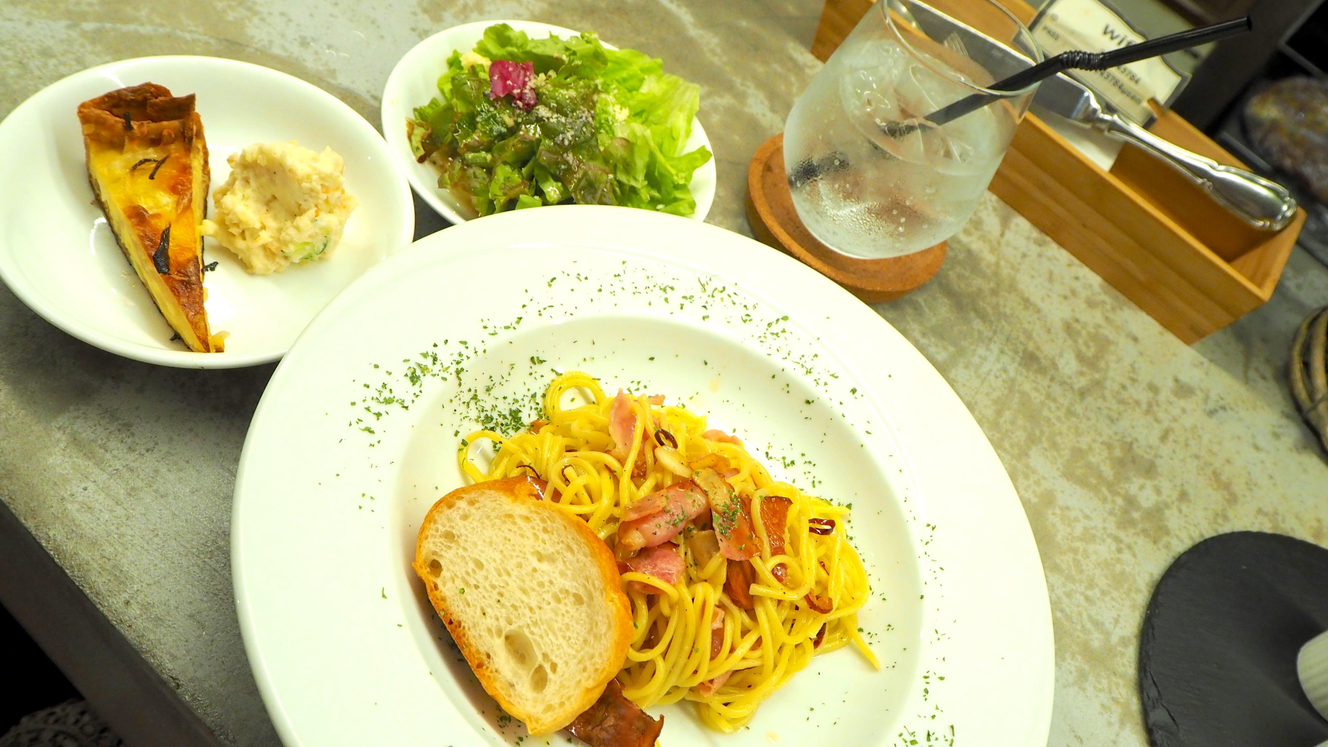 矢場町の隠れ家ビストロカフェ「tredi トレディ」の贅沢燻製ランチ - tredi4