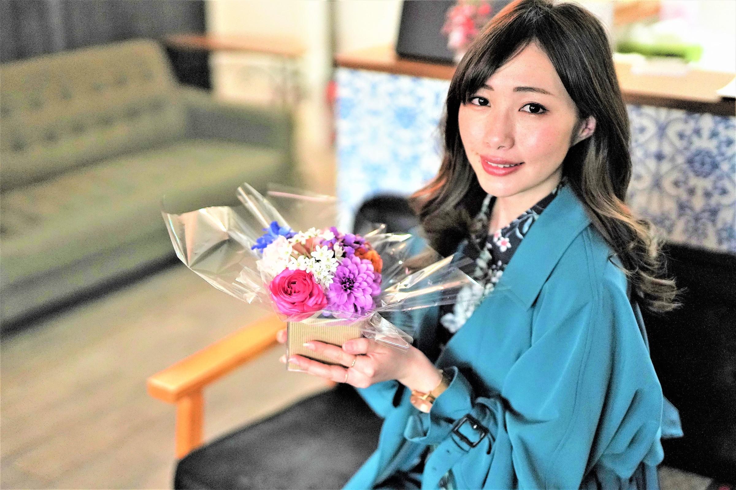 頭に花を盛れる贅沢体験とは?「HANANINGEN」であなただけの一枚を。 - hjvjhj 1