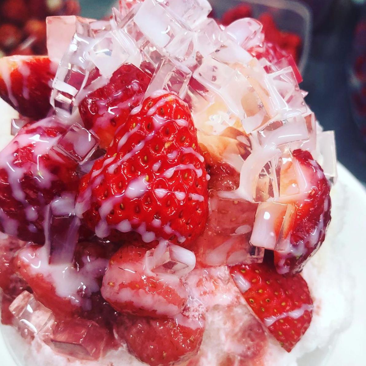数時間待ちは当たり前!?見た目も味も極上のカキ氷を、岡崎市の専門店「六華亭」で味わう - 734ee41eb62300b6fef80e4b39d111d4