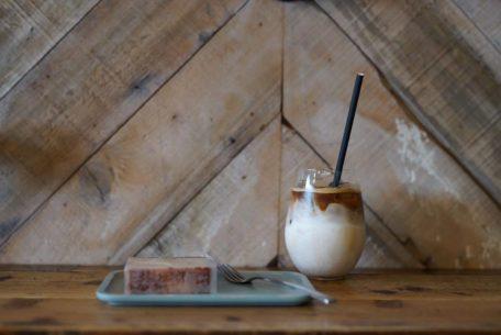 「カンノンコーヒー本山」でほっと安らぐひと時を。スコーン食べ放題のモーニングもスタート!