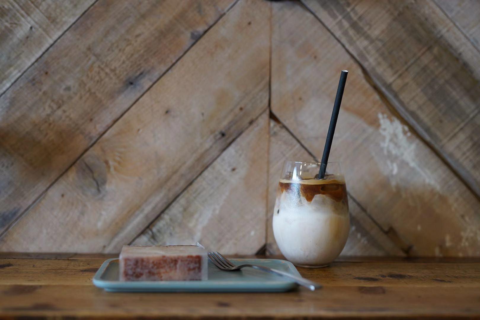 「カンノンコーヒー本山」でほっと安らぐひと時を。スコーン食べ放題のモーニングもスタート! - 0ec8d9279be3fb449b931537e34344ac