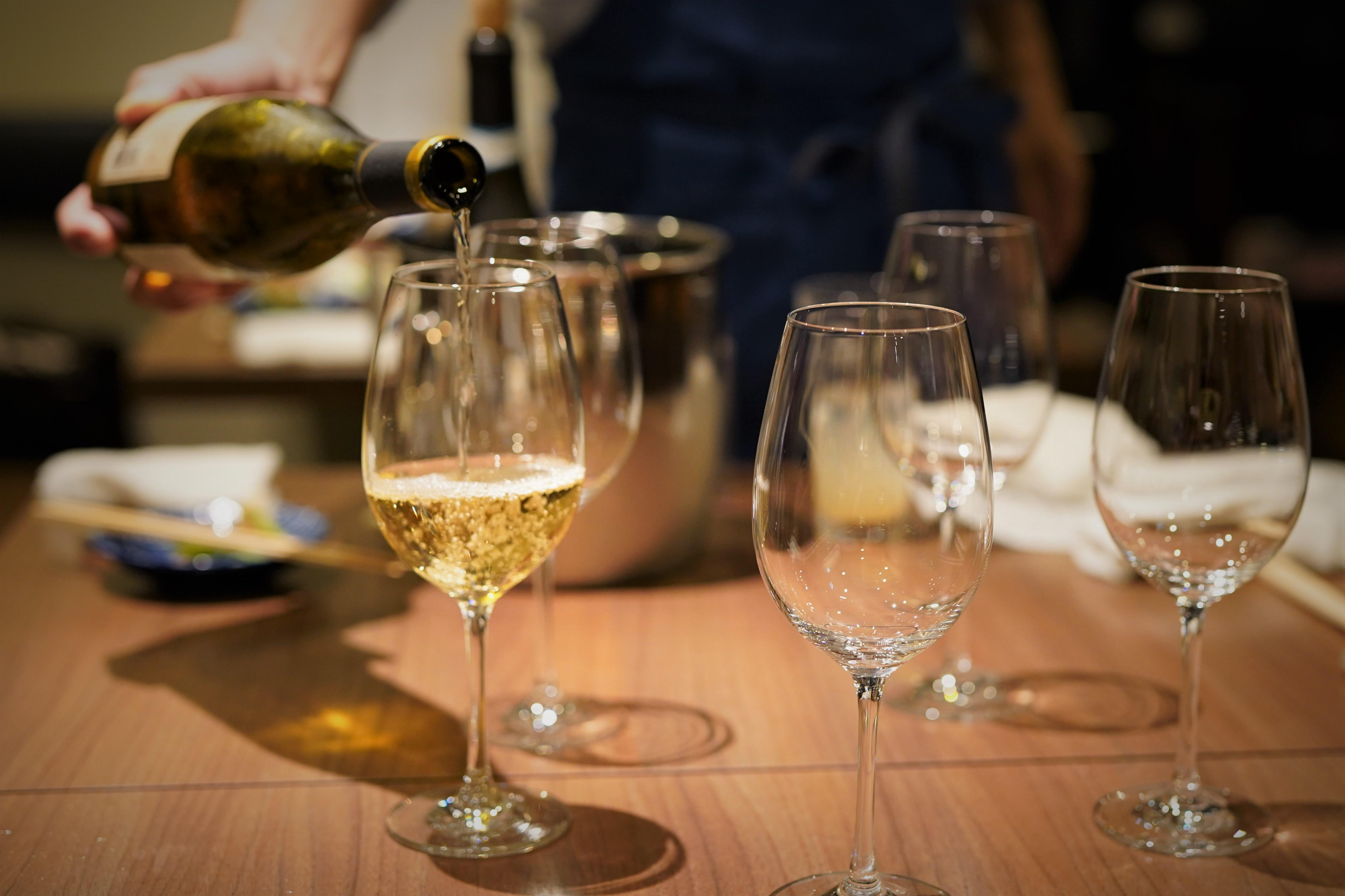 炉端料理と厳選日本酒の「べこや 本山店」が7月20日オープン! - DSC09048
