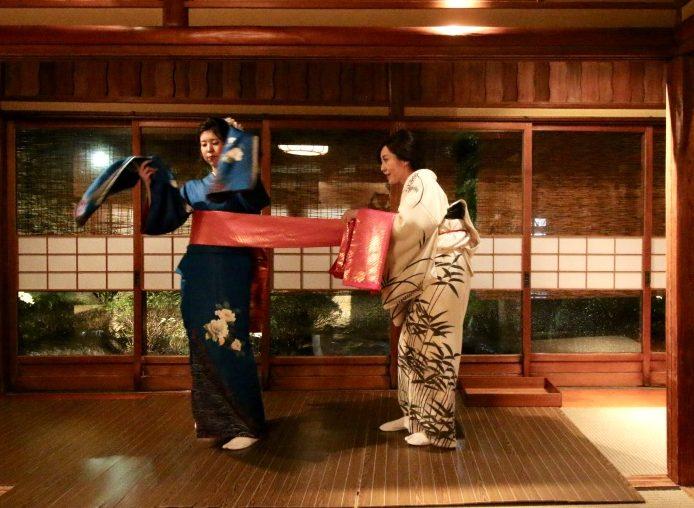 名古屋の高級料亭で、日本の古典芸能に夢中になる「河文 Cultural Night-Visit Nagoya」 - JVqJXAKvTjCTRF7uzIjhWQ thumb 32 e1563768173233