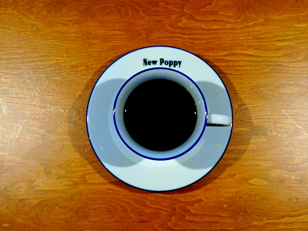 新しいのに、どこか懐かしい。名古屋・四間道の喫茶店「喫茶ニューポピー」 - a452909b66195069a501fb75ef4757a4 1300x867