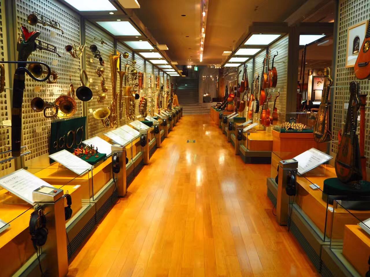見るだけじゃない!実際に触れて、音色も楽しめる「浜松市楽器博物館」 - 2ac681efcfab8de29c7d6ac9cb78b97b