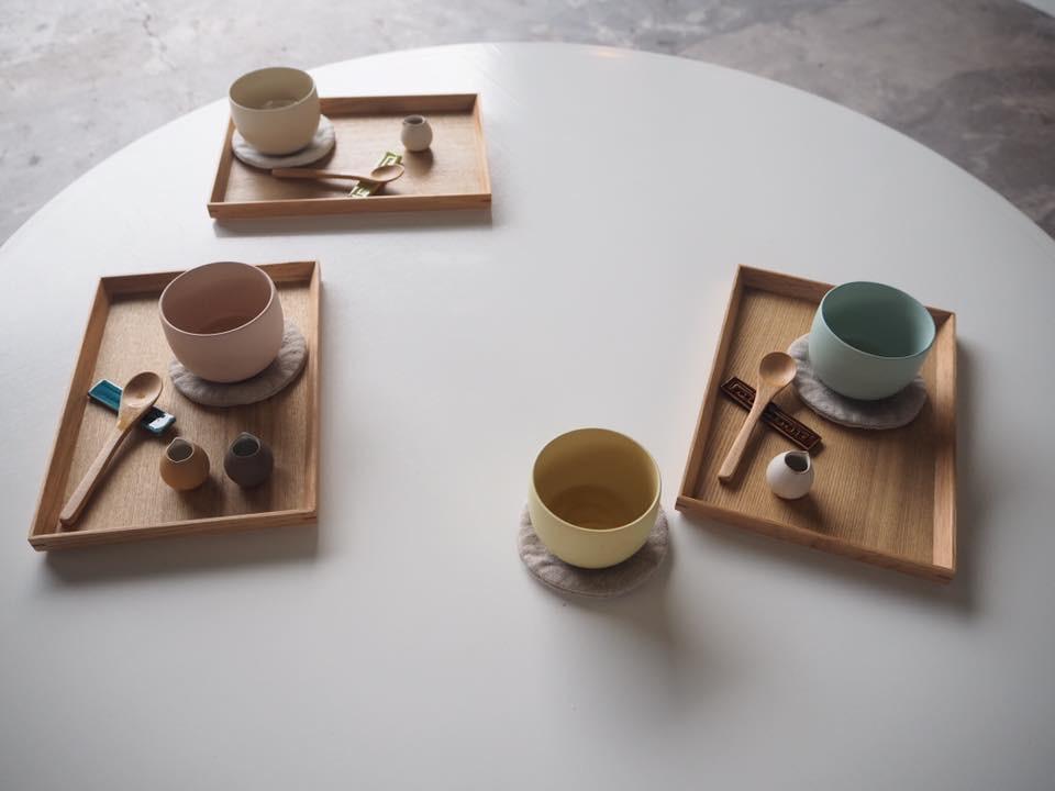 ポップな色がかわいい!現代版の常滑焼がお洒落な「TOKONAME STORE」で陶芸体験 - tokoname8