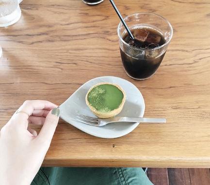 丁寧なタルトの時間を味わう、大須の「QO cafe air(キュームカフェ エア)」 - 2a73d4c984cfe58d9564094b625189ff