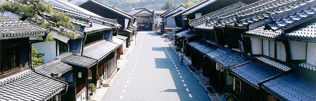 幻想的な町と灯りを楽しめる「美濃和紙あかりアート展」とは - construction 01