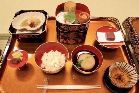 まるでお殿様気分!名古屋城で江戸時代の料理が味わえる期間限定イベントが開催中