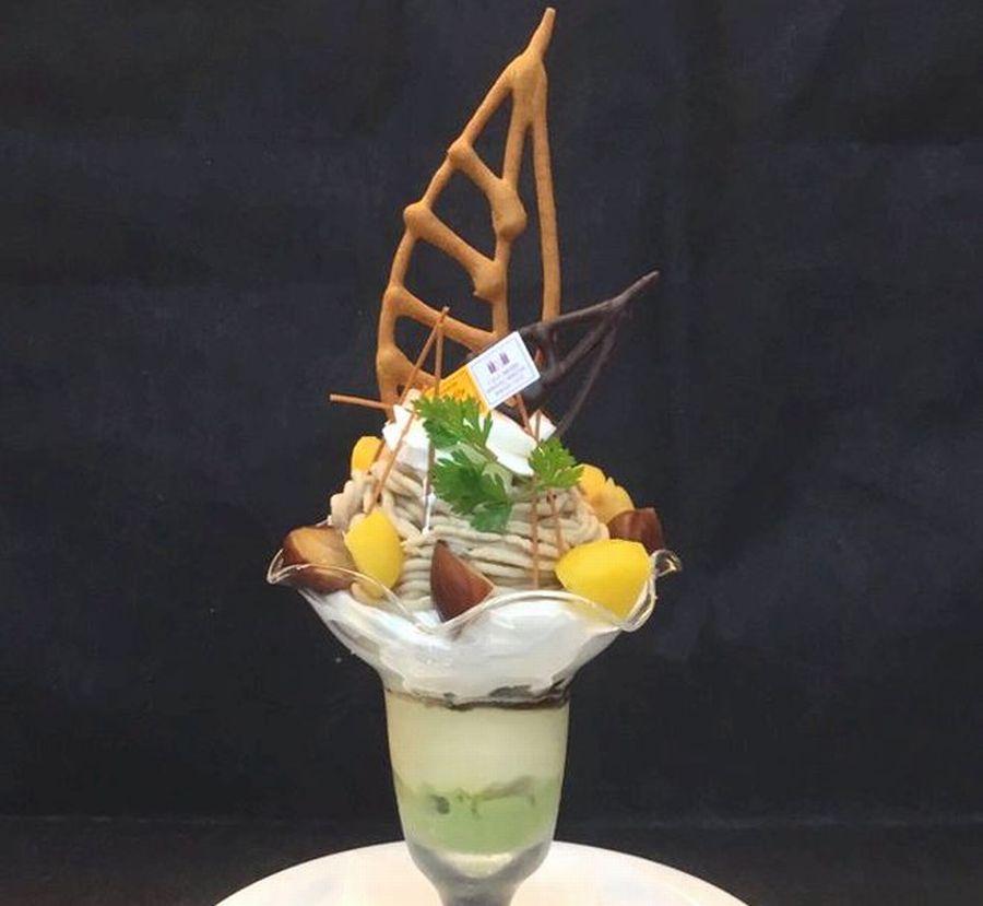 豪華なパフェで味わう秋。名古屋でチェックしたい秋パフェ8選【2019年版】 - EEZN9haU0AEF6di