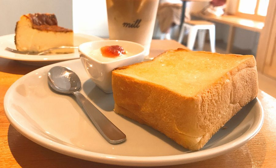 大須のカフェ「mill」で手作りバスクチーズケーキや名古屋モーニングを味わおう - fyuliuh 1