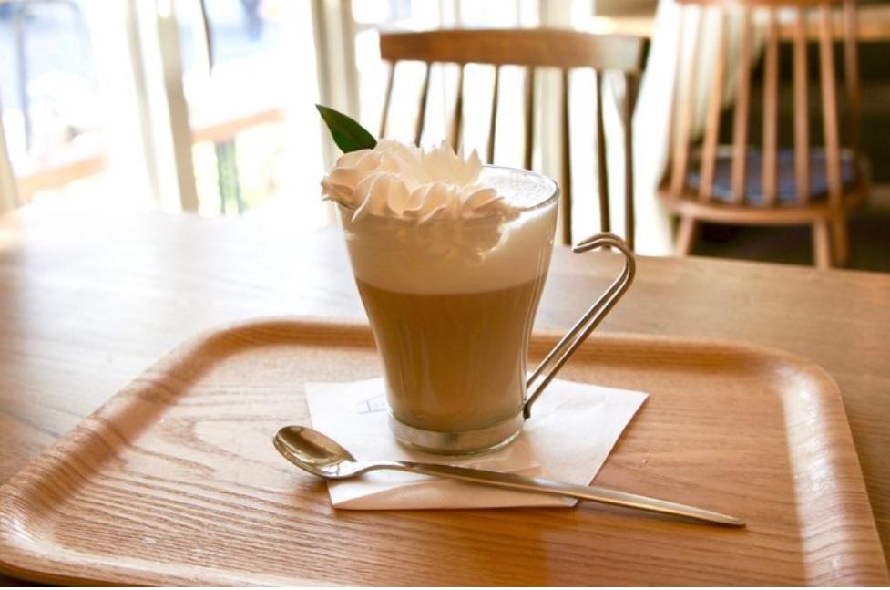 ボトルが可愛い!岡崎市のカフェ「Peripatos」のタピオカドリンクをチェック! - sub3 2
