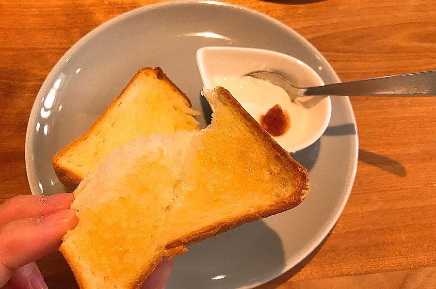 大須のカフェ「mill」で手作りバスクチーズケーキや名古屋モーニングを味わおう - uidtyexciv