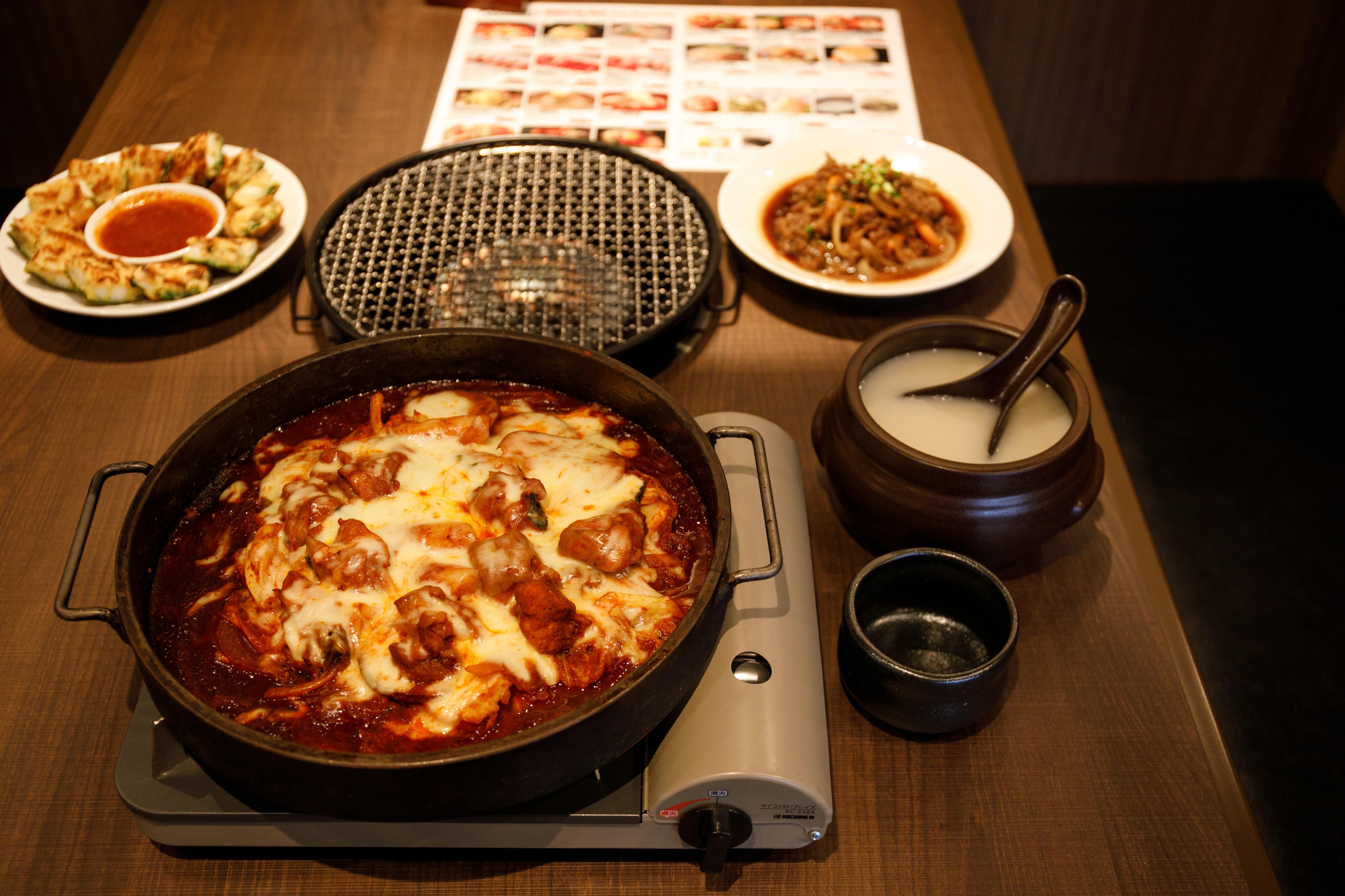 本場韓国の味を楽しめる「KollaBo」&汎用性の高い貸切専用多目的スペース「ELLE HALL Dining」 - 112A7042