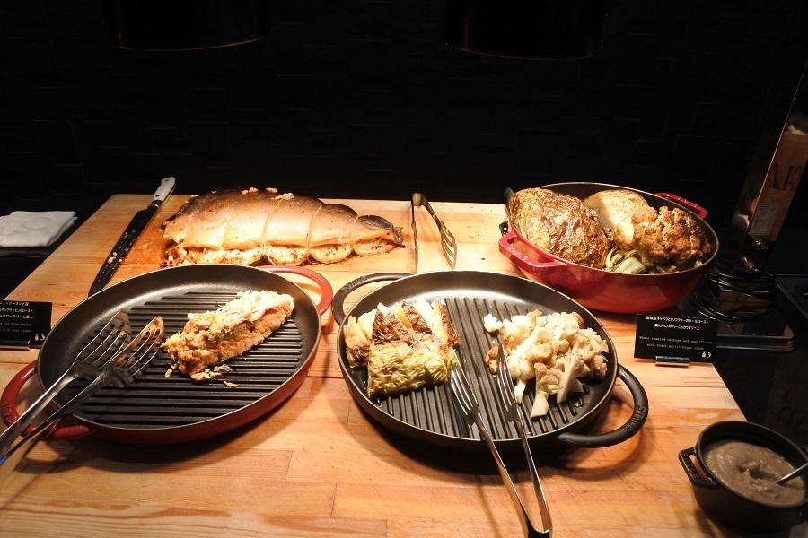 こだわり食材やホテル発祥のスイーツでおもてなし!「ヒルトン名古屋」でクリスマスビュッフェ開催中 - cf9cd9075c35014382bc178c6c11f244