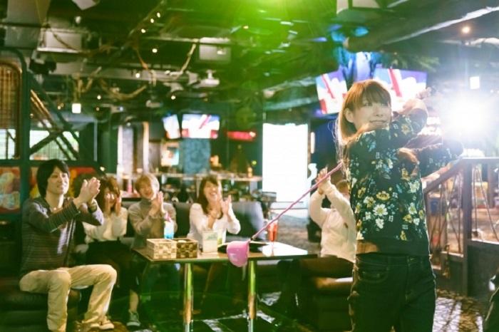 年末年始は「Bee RUSH錦」に集合!飲んで遊んで大人の贅沢ナイト - e6103f11a9f45e1a8e24d715975e847a