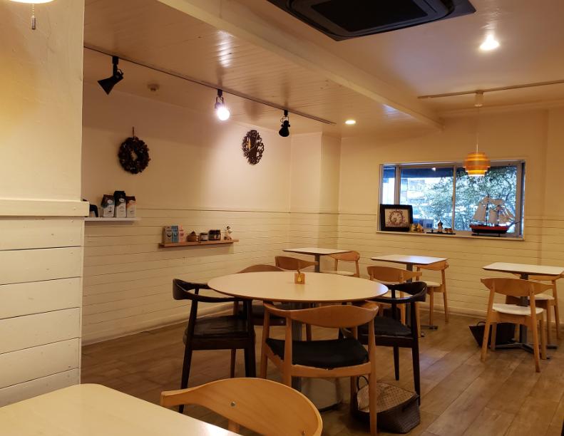 北欧の風が香るカフェ『rajakivi』の扉を開けに - image4