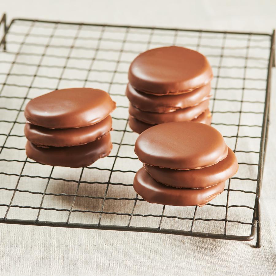 チーズガーデンが手がける大人気「御用邸チーズケーキ」シリーズから、冬季限定商品が登場! - white choco cheese cookie