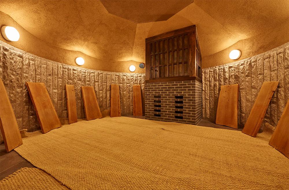 まるでリゾート地のような癒しの空間。「天空スパヒルズ 竜泉寺の湯」の人気の秘密とは - a009caa7d8bae4cc6c68136156587d34