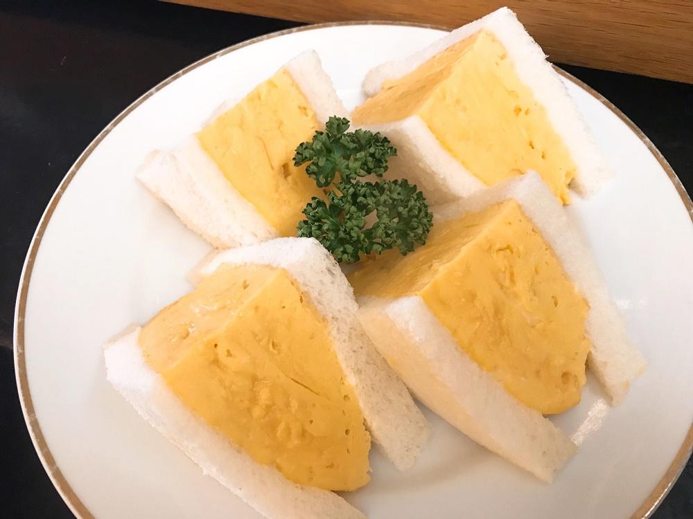 わざわざ食べに行きたい固めプリンが人気!名古屋のレトロかわいい喫茶店「シヤチル」 - qqq