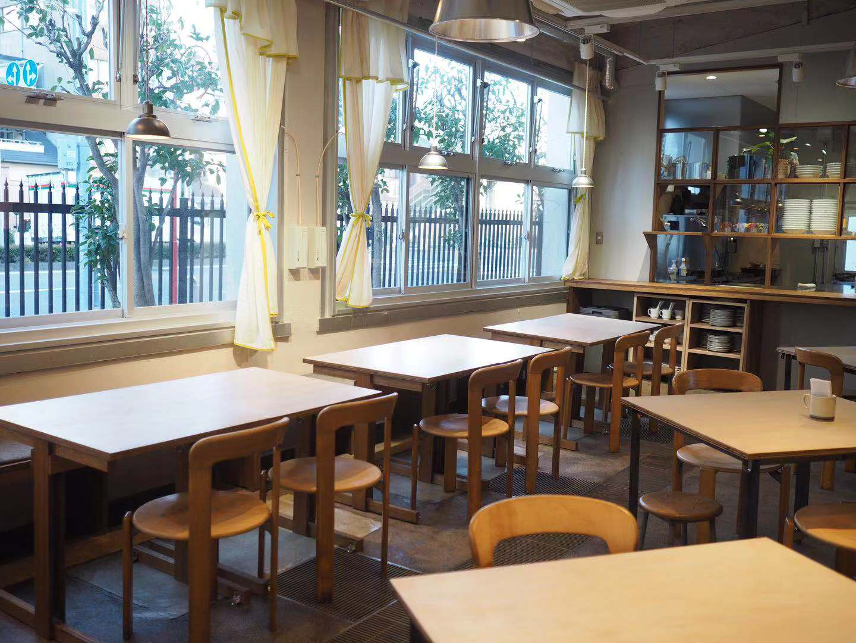 名駅の小学校跡地をリノベーション!「yoake」の小倉トーストはOHAGI3の餡子がおかわり自由! - yoake24
