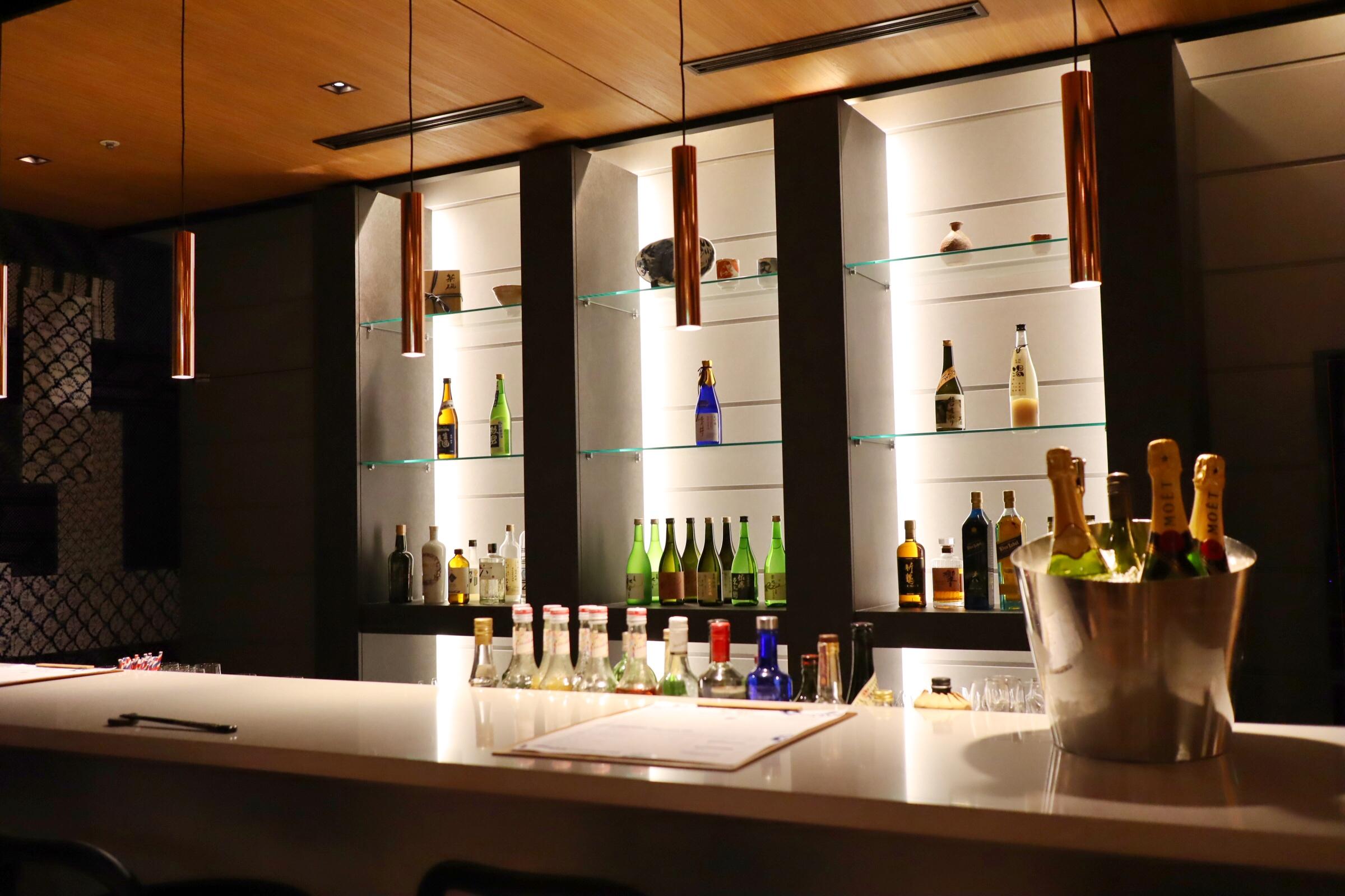 ヒルトン名古屋の日本料理「源氏」に酒バーがオープン!特選地酒と地元食材を使った創作和食とのペアリングを堪能できる - c5150eb8611cbcb2ac00cf53dd4de70a
