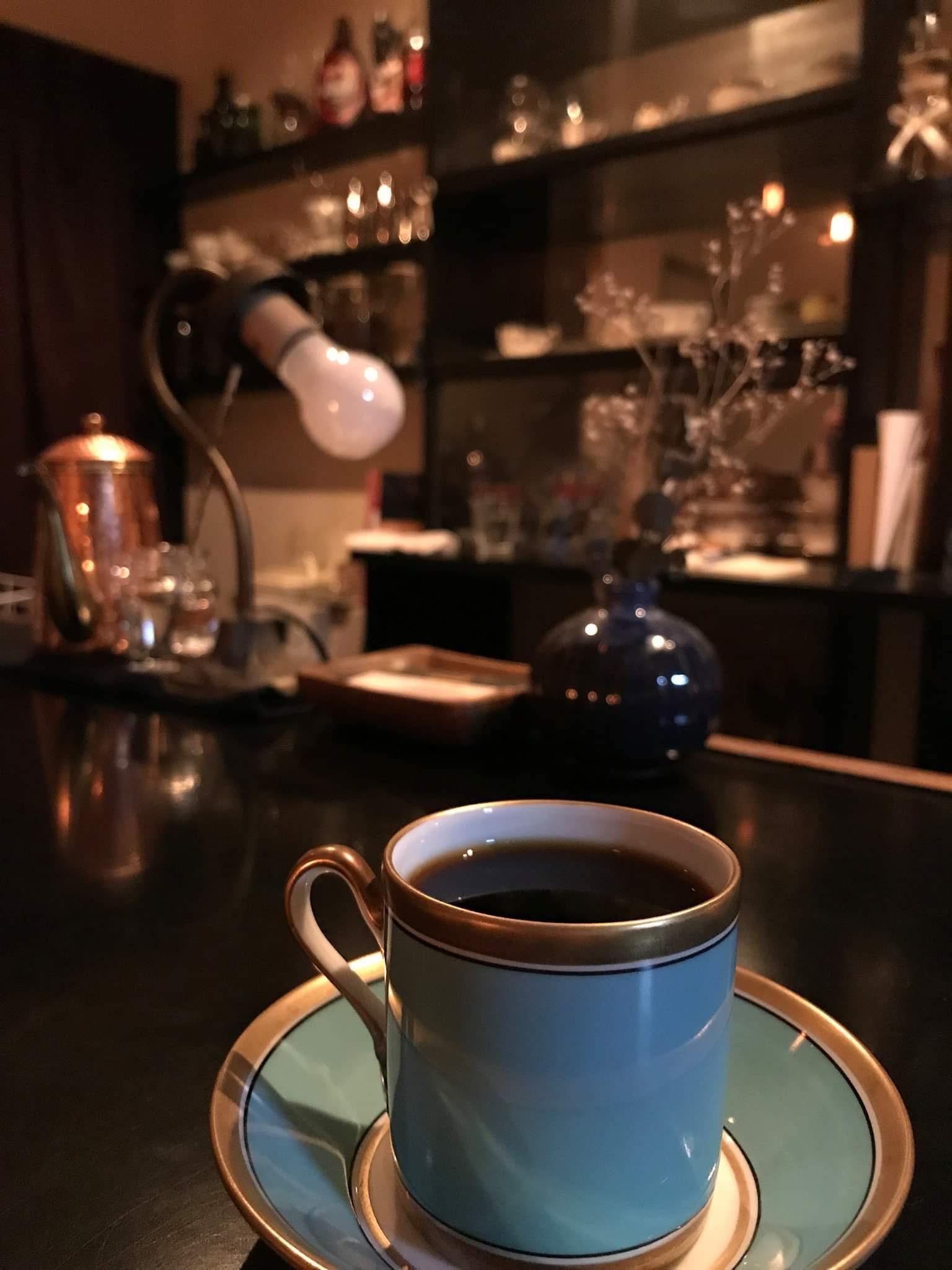 時間を気にせず至極の一杯を。ネルドリップを楽しむ「珈琲屋Monk」 - IMG 4847