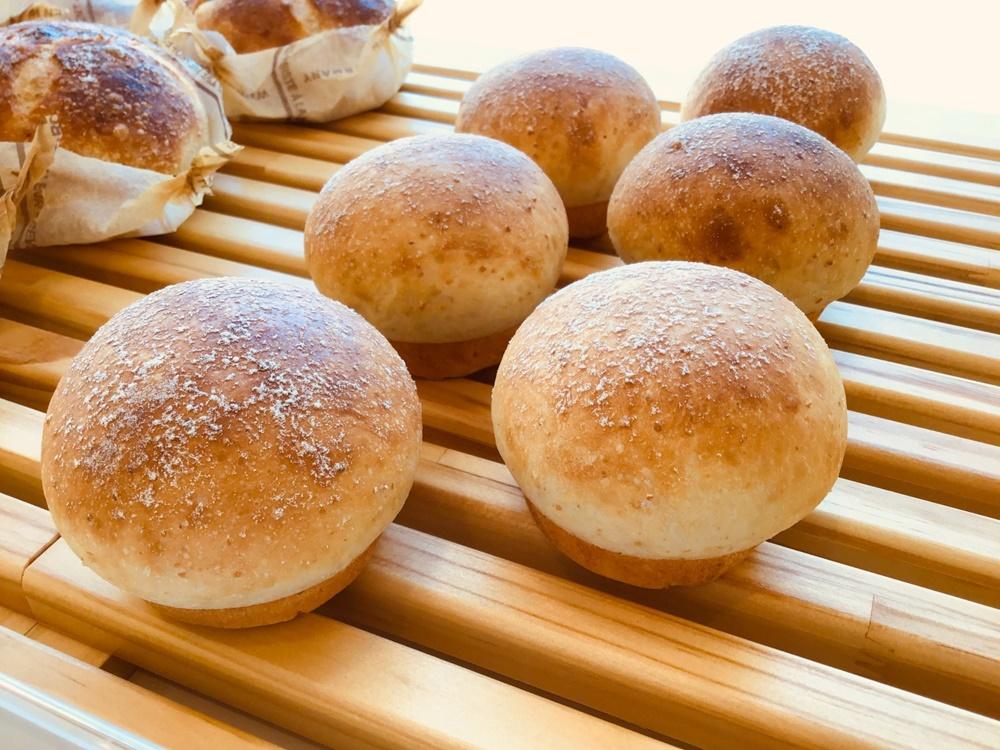 スイーツとパンの両方を味わいたい。名古屋市本山の「Girouette Café(ジルエットカフェ)」 - kkk
