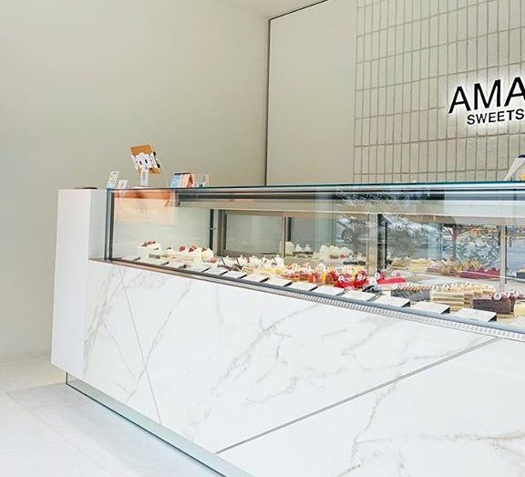 胸がときめく美味しいケーキ!贈り物にも喜ばれる「スイーツギャラリー Amanda」 - 58409431 199929890971552 5253146672908314809 n e1592591137680