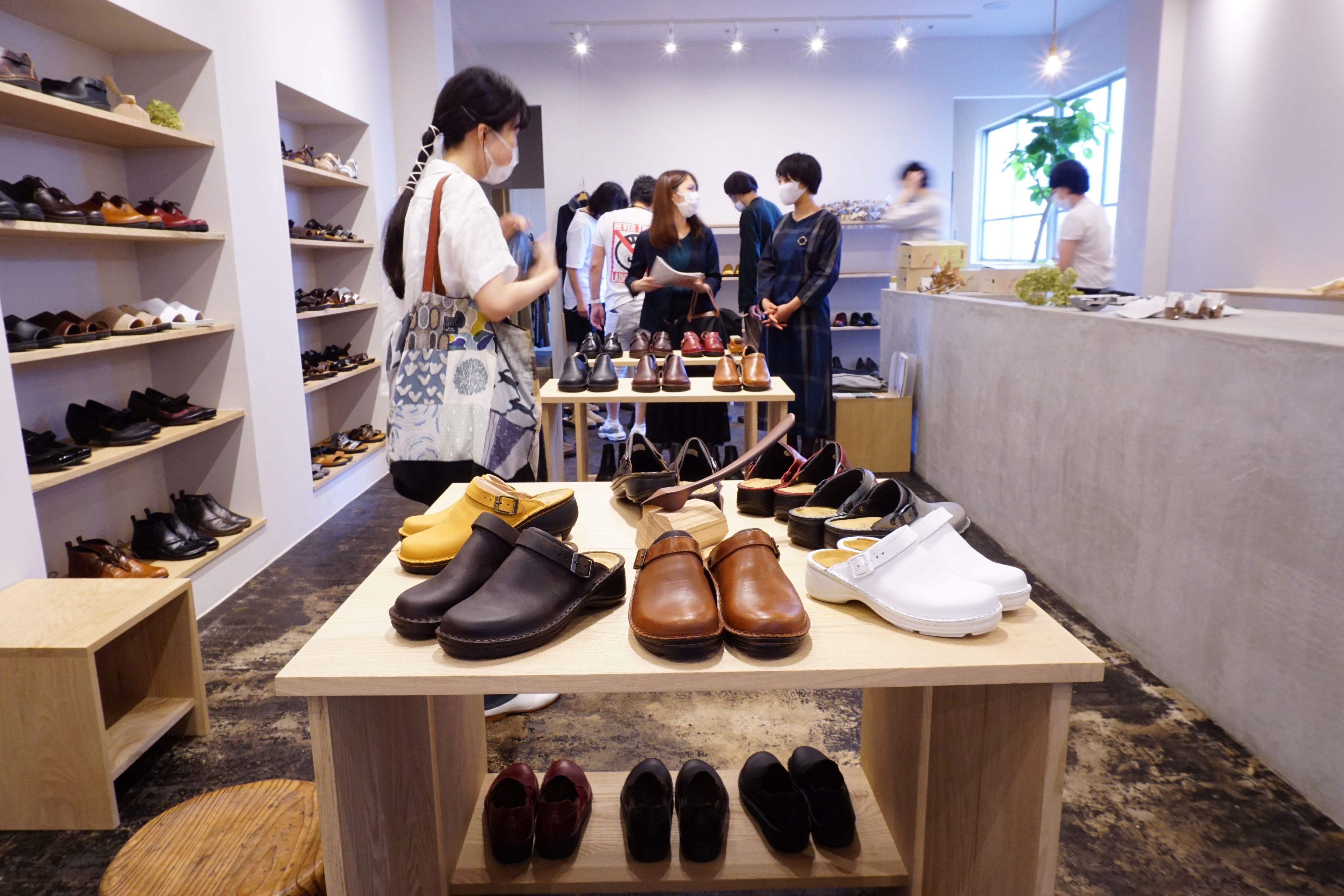 毎日の「歩く」が嬉しくなる靴さがし。革靴のお店「NAOT AICHI」が新しくオープン。 - ADSC00909