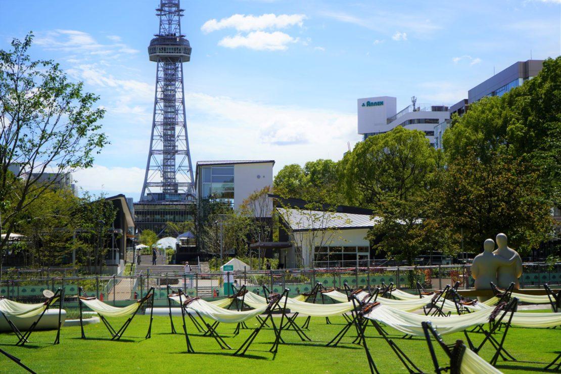テントにハンモックも!久屋大通パークの芝生広場で、思い思いの過ごし方を