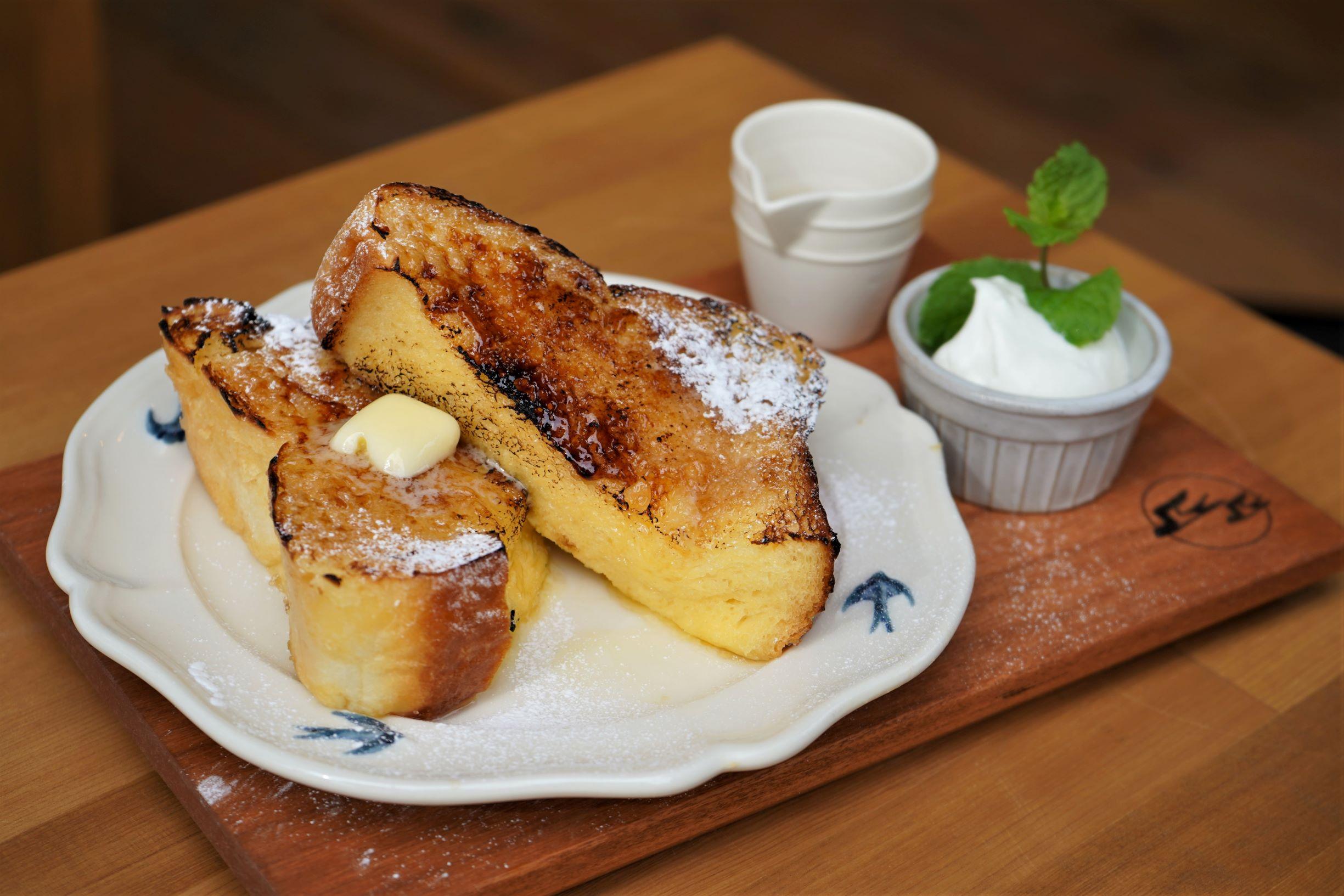 専門店のぜいたく食パンが人気の「つばめパン&MILK」。SAKUMACHI商店街と緑区神の倉の2店舗を紹介! - DSC03573 2