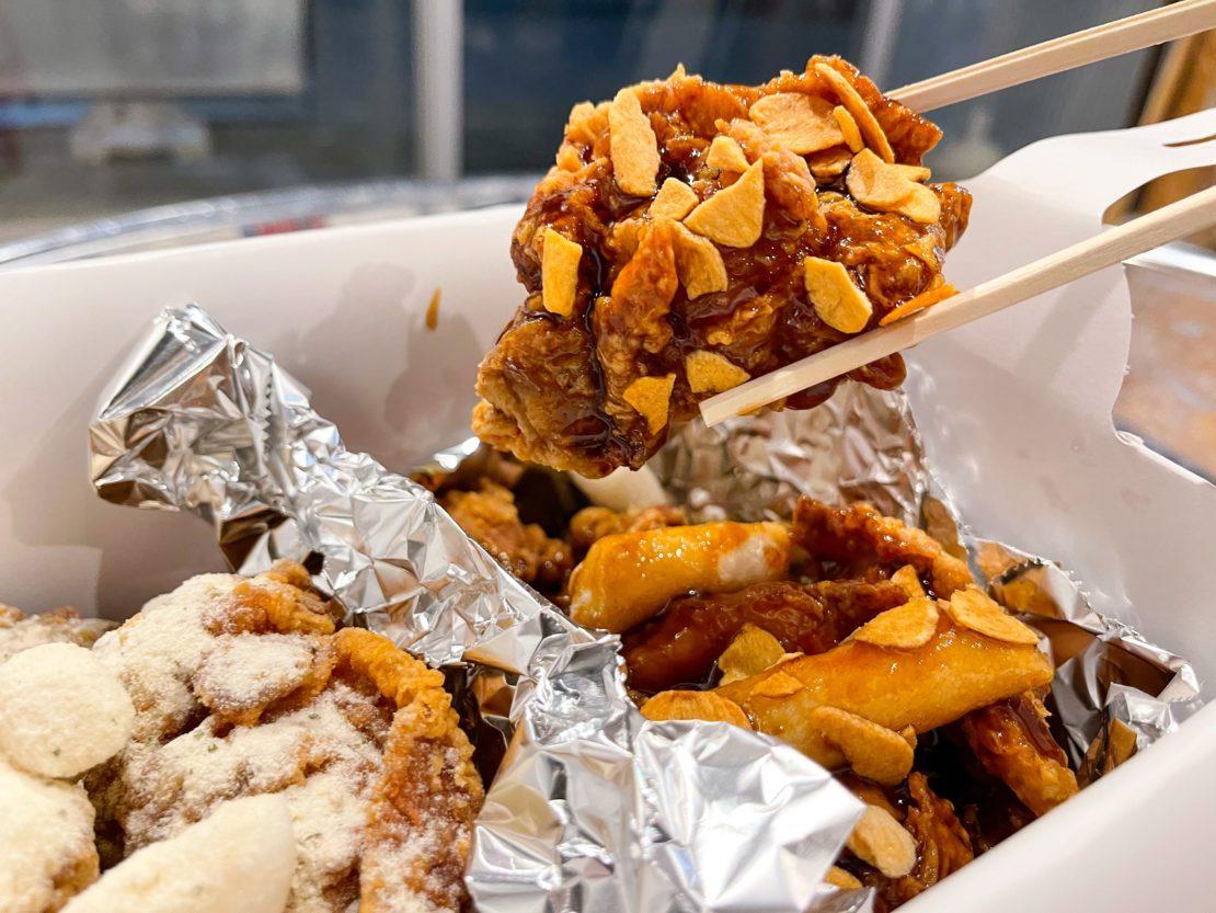 大人気の韓国チキンが味わえる「ウォンシャチキン&キンパ 新栄プレミアム店」でテイクアウト! - 2 2 1110x833